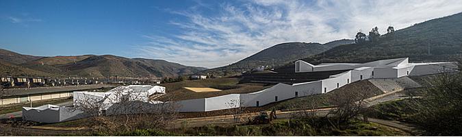 Pocinho Center for High Yield by Alvaro Fernandes Andrade