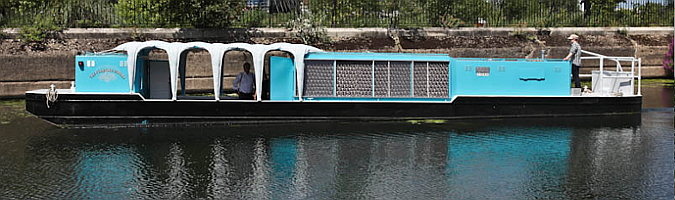 navegando en las aguas de la cultura - the floating cinema