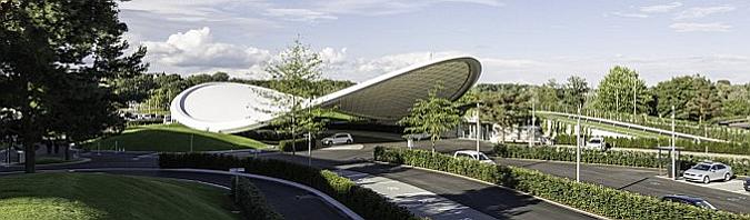 como una hoja - autostadt roof and service pavilion